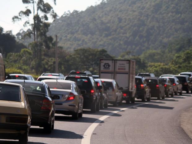Rodovia do Tamoios terá cobrança de pedágio (Foto: Carlos Santos/G1)