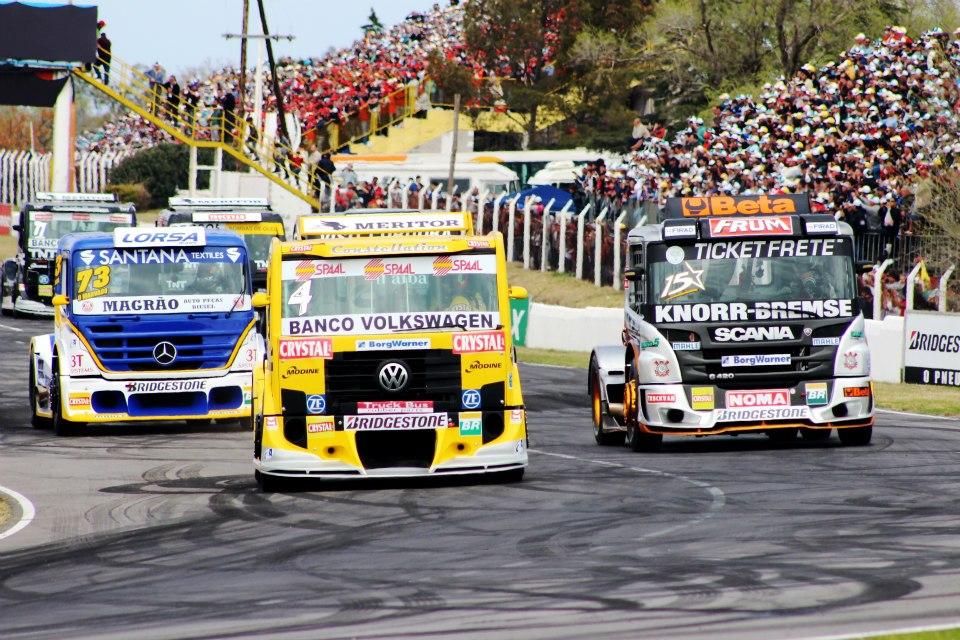 Regularidade nos treinos livres da Fórmula Truck!