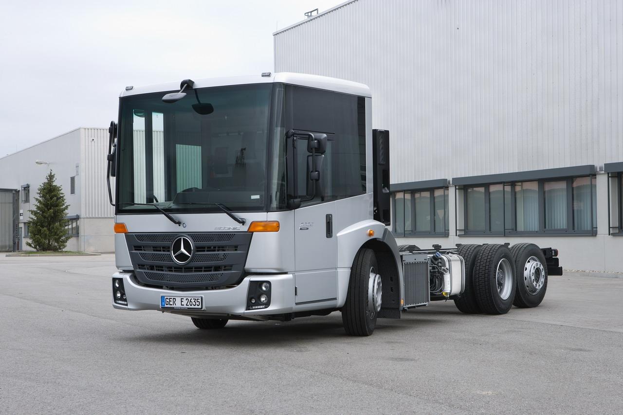 Mercedes-Benz apresenta o novo Econic: inovador, eficiente e sustentável