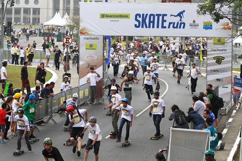 Skate Run faz festa da mobilidade e do esporte em São Paulo