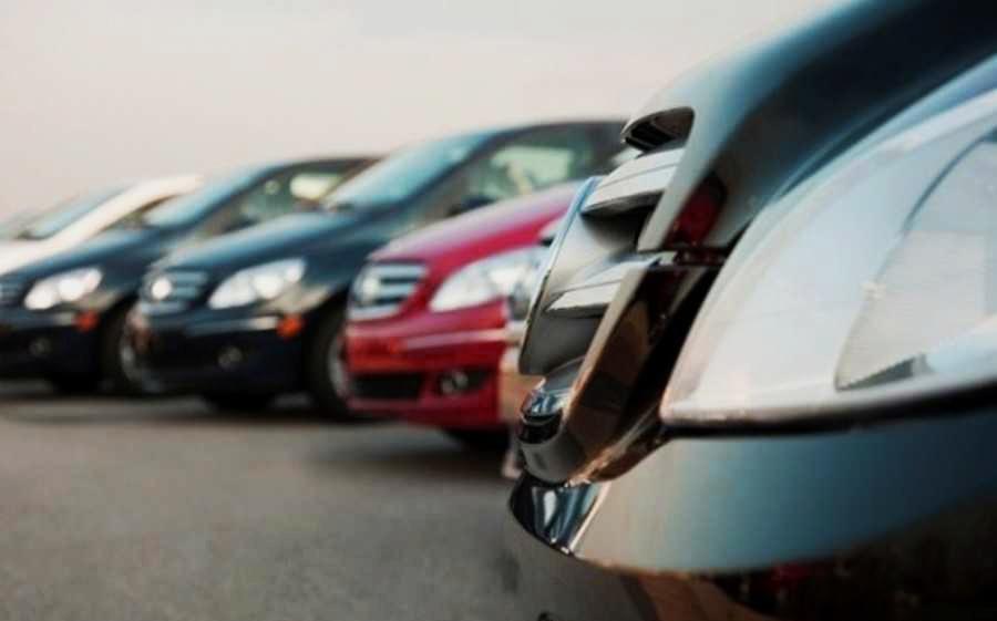 Outubro fecha com 313,5 mil carros vendidos