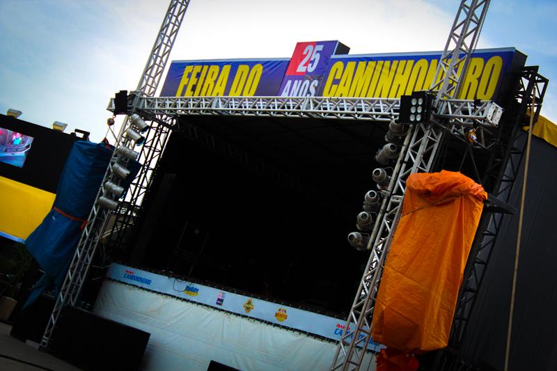 Feira do Caminhoneiro no Posto Sakamoto reúne caminhoneiros e caminhoneiras em três dias de evento.