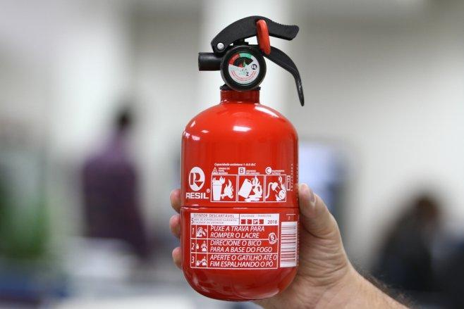Extintores do tipo ABC serão obrigatórios em 2015