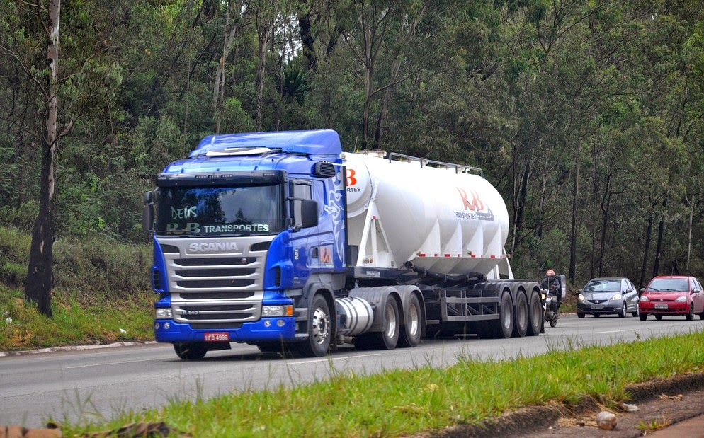 Transporte de carga amarga queda