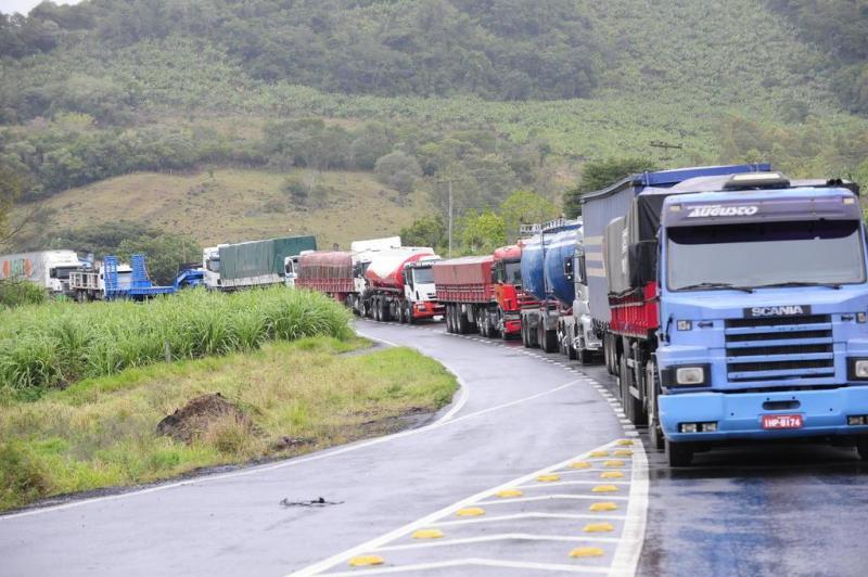 Governo: caminhoneiros chegam a acordo que pode acabar com protestos