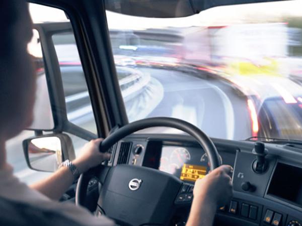 Câmara rejeita explicação por escrito de empresa que se negar a contratar motorista de carga