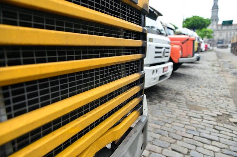 Governo quer implementar redução de frota de caminhões de carga