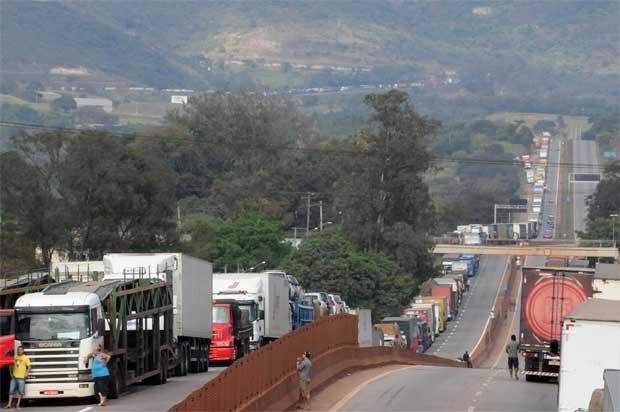 CRA tenta avançar em soluções para os caminhoneiros, diz Ana Amélia