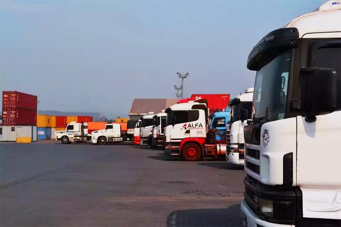 Projeto obriga concessionárias de pedágio a construir área de descanso para motoristas