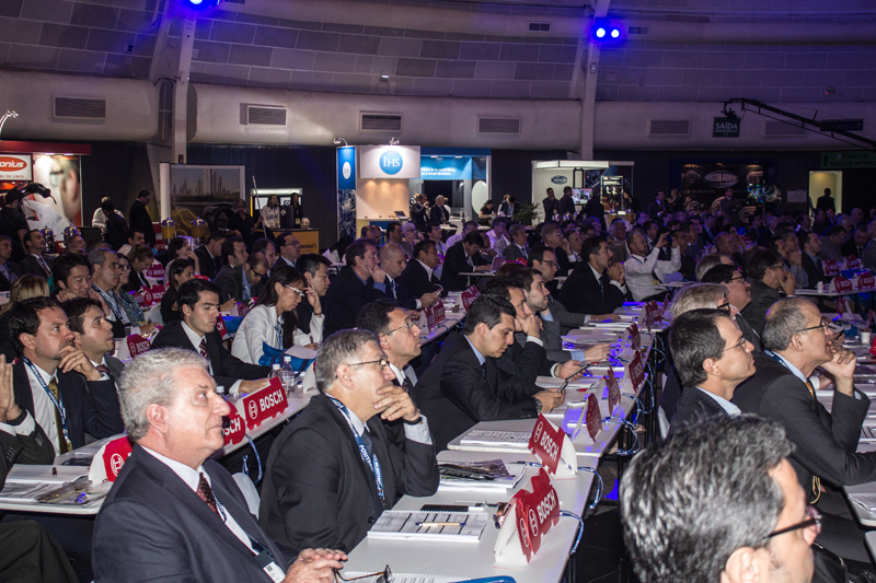 Anfavea projeta retomada do crescimento do mercado de veículos no segundo semestre