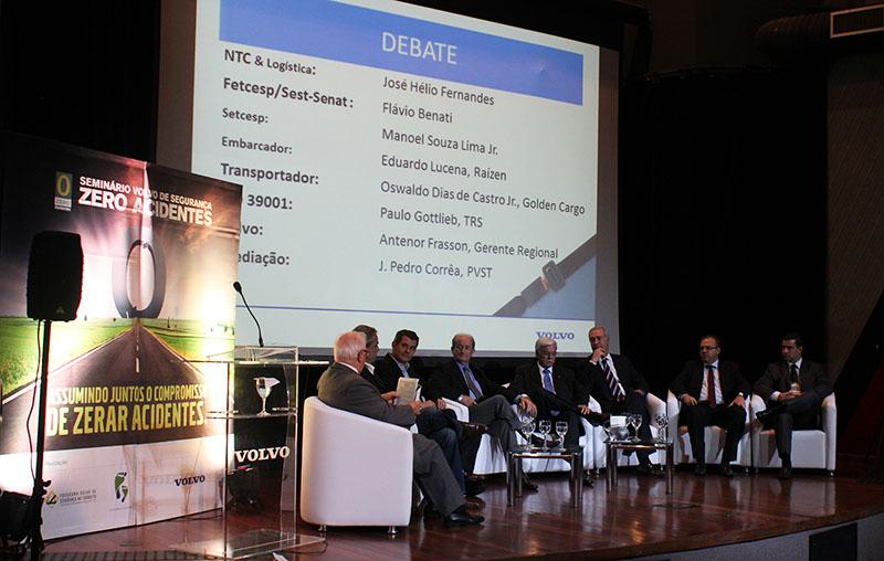 Seminário Volvo de Segurança debate soluções para a melhora da segurança no TRC brasileiro
