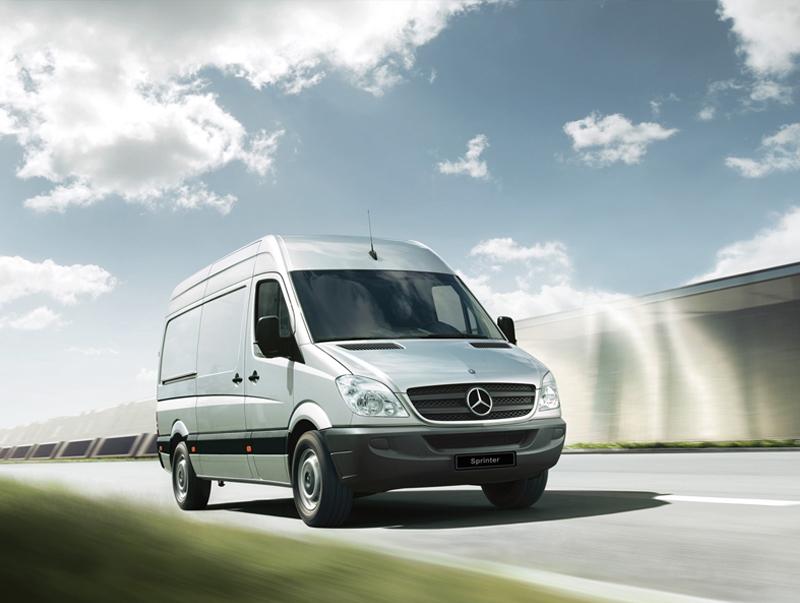 Mercedes-Benz destaca veículos comerciais leves Sprinter na feira APAS 2015