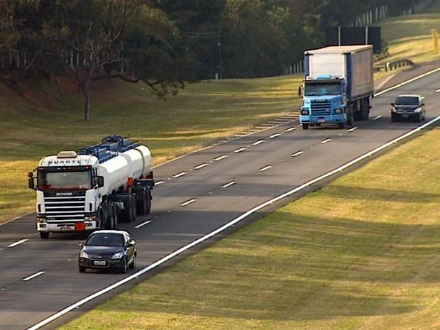 10 coisas que todo motorista de caminhão tem que lembrar sobre carros antes de pegar a estrada
