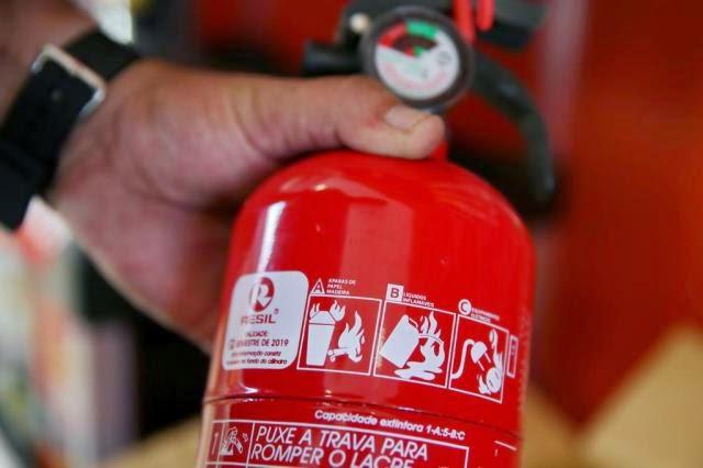 Obrigatoriedade do extintor ABC é adiada para 1º de outubro