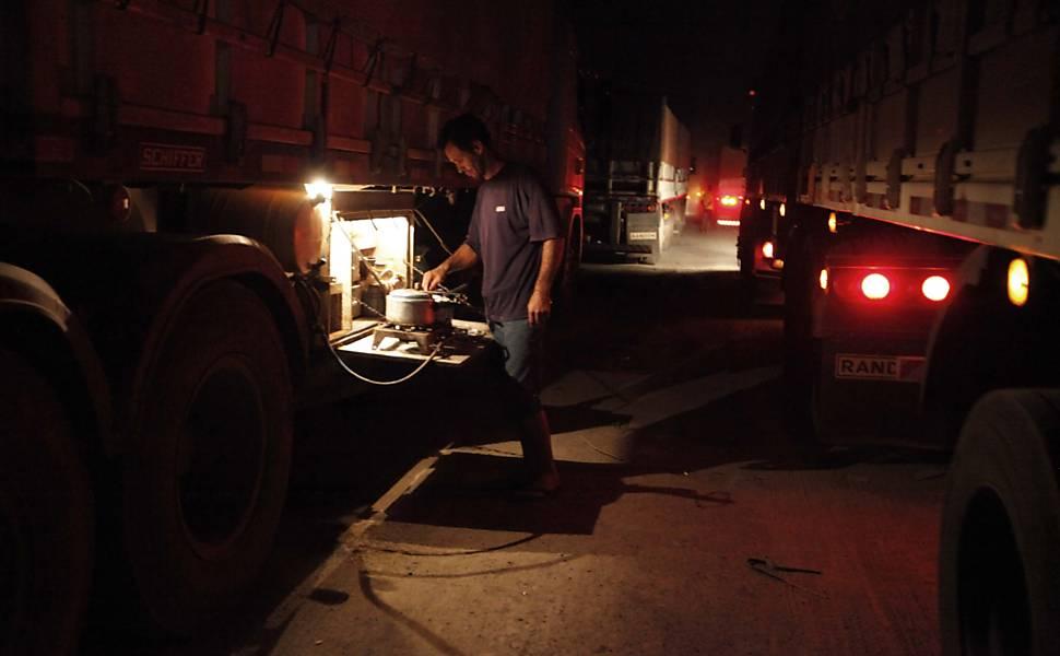 Dicas de alimentação saudável para caminhoneiros