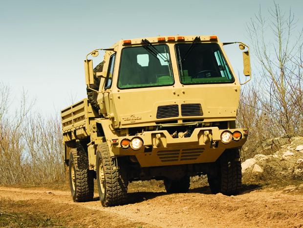 Máquina de combate, Oshkosh vai produzir mais caminhões para os EUA