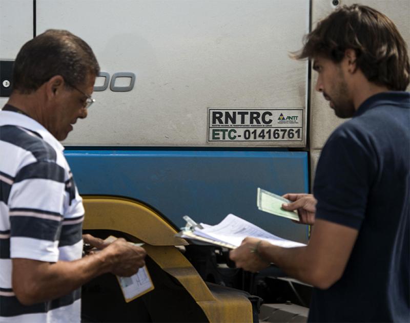 Novo RNTRC vai aumentar a fiscalização no transporte e da produção econômica brasileira