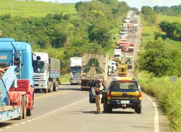 PRF apreende veículo que burlou pedágio em rodovia mais de 400 vezes