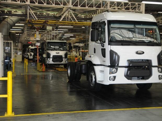 Ford paralisa produção de carros e caminhões no ABC Paulista