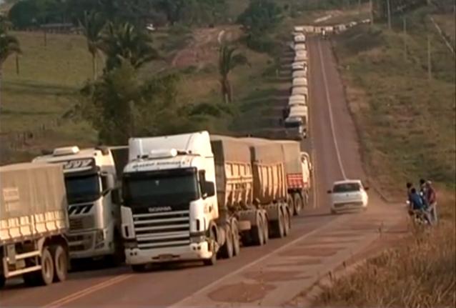Interdição na Transamazônica deixa cerca de 500 caminhoneiros parados