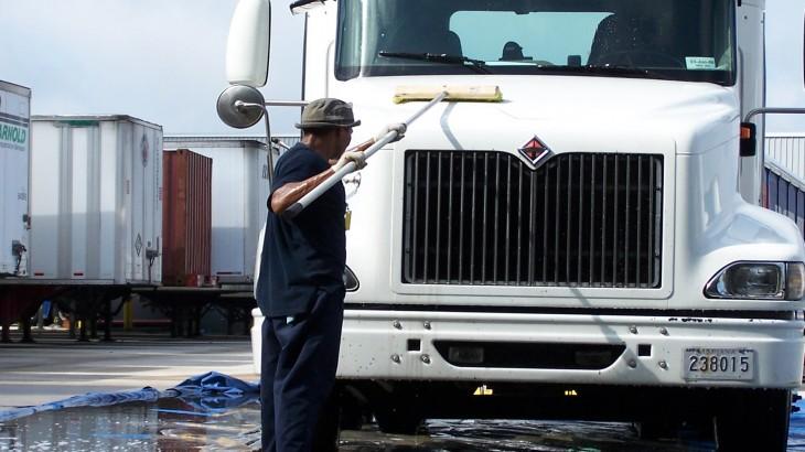 Como manter a pintura do caminhão