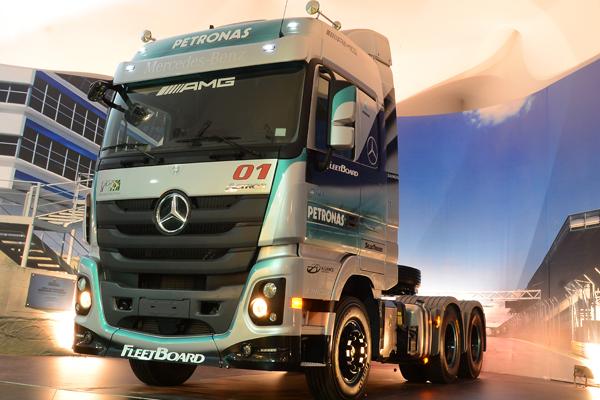 Mercedes-Benz amplia a oferta de produtos e serviços, assegurando aos clientes uma maior disponibilidade de seus veículos