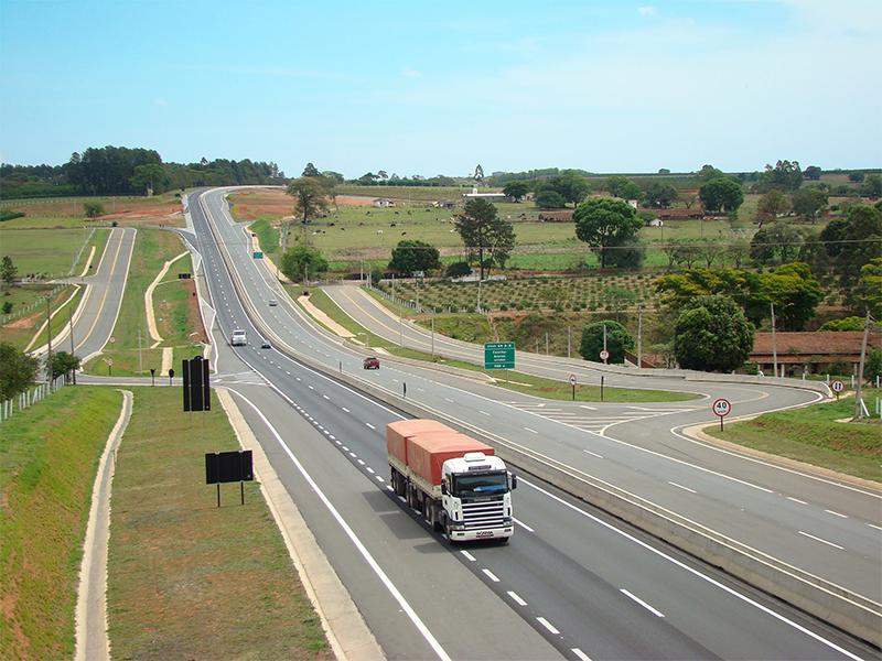 Governador Geraldo Alckmin autoriza obras viárias em Itapira e Monte Alto