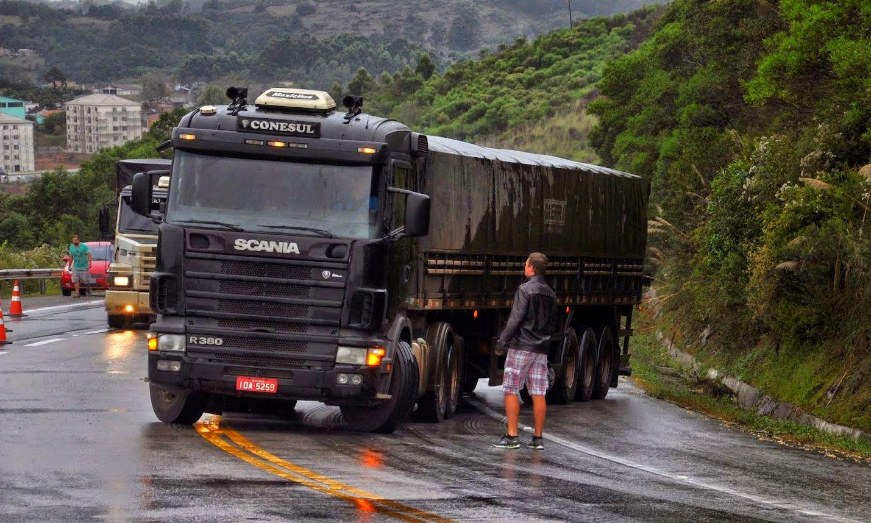 Governo editará MP para endurecer punição a quem bloquear rodovia
