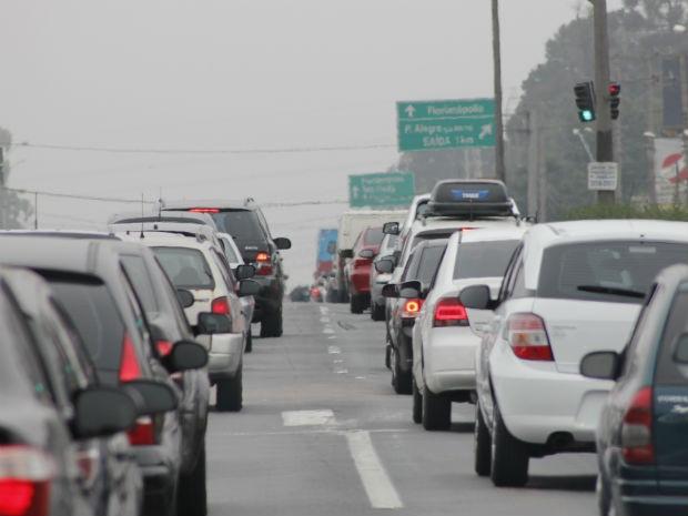 Saída para o feriadão poderá levar movimento 13% maior às estradas da região
