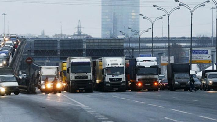Caminhoneiros em greve tem apoio da população na Rússia