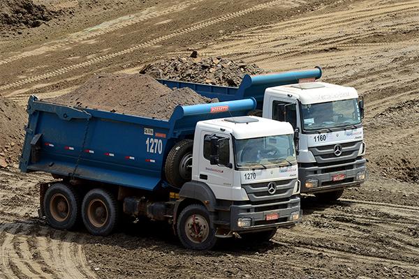 Transamigos amplia frota com caminhões extrapesados off-road da Mercedes-Benz