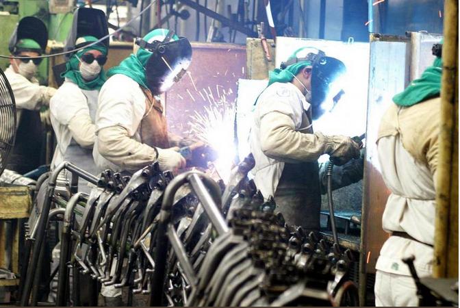 Governo quer dar estímulo à indústria, mas sem subsídio
