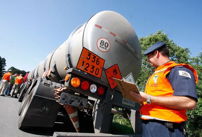 Transporte de carga perigosa é proibido em 53 quilômetros da Rota do Sol, Rio Grande do Sul