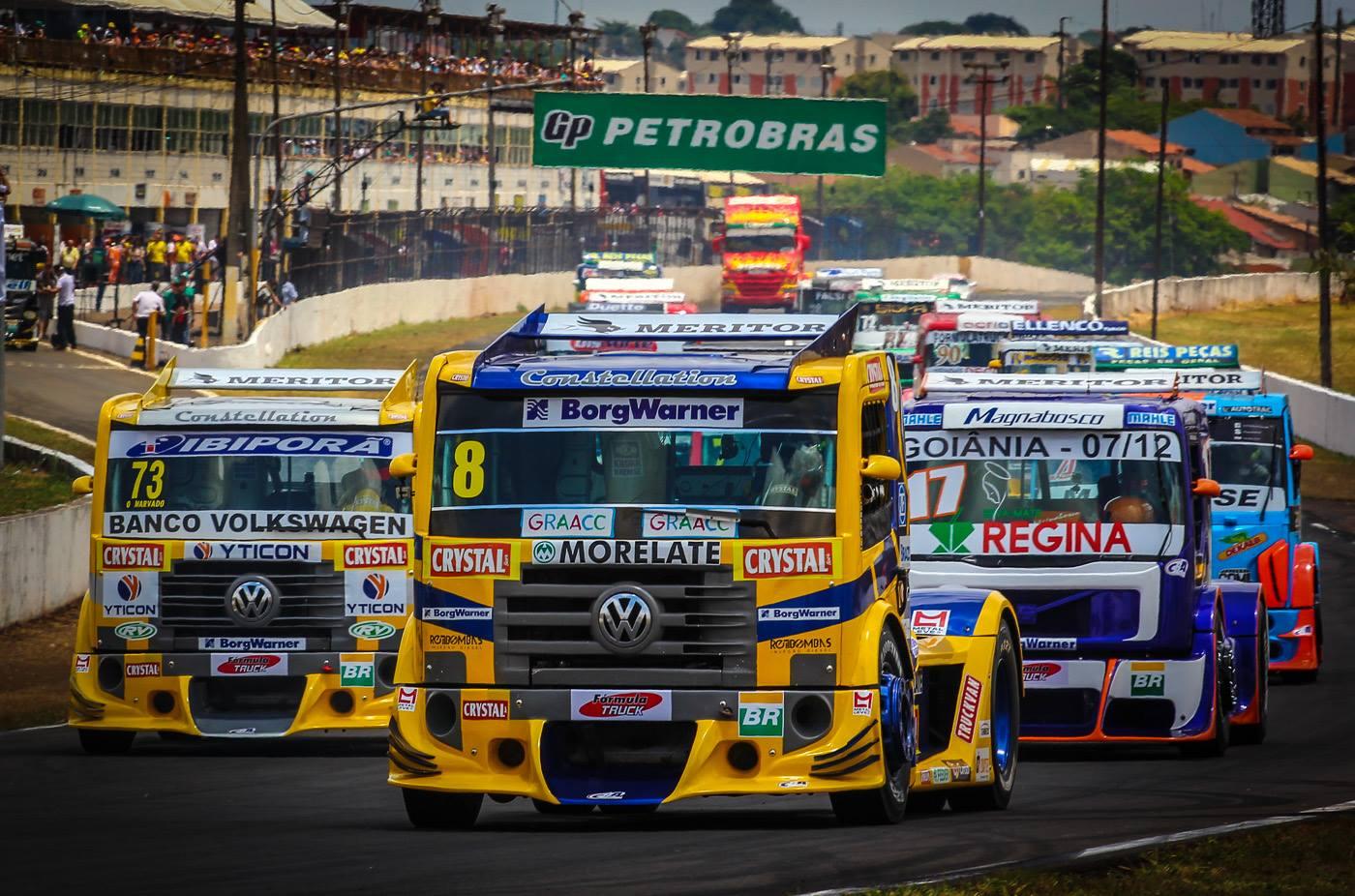 Fórmula Truck anuncia suspensão da temporada 2017