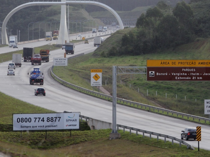 Teste mostra que uso de rodoanel em SP dá vantagem a caminhões