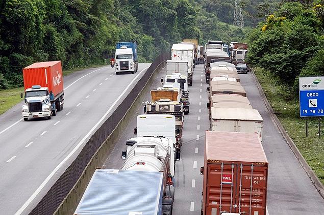 Fluxo de veículos pesados sobe 2,1% em fevereiro, aponta Índice ABCR