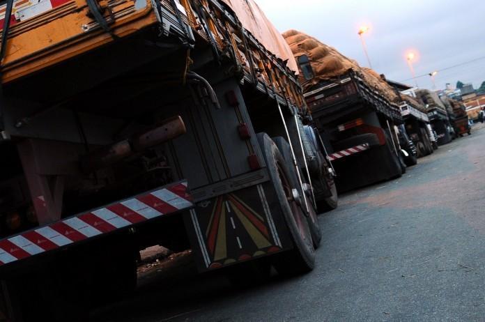 Feriado Semana Santa: confira dias e horários que caminhões estão proibidos de rodar