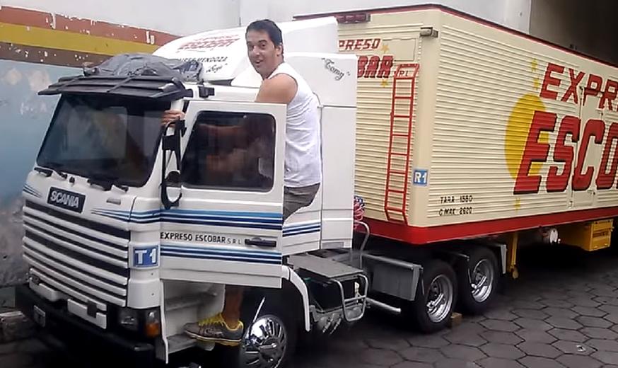 Já imaginou dirigir um Mini Scania?