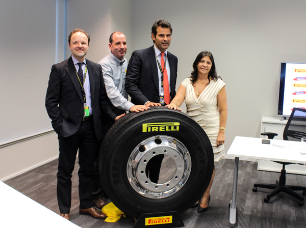 Pirelli é a nova fornecedora para a fórmula Truck com pneus da série 01