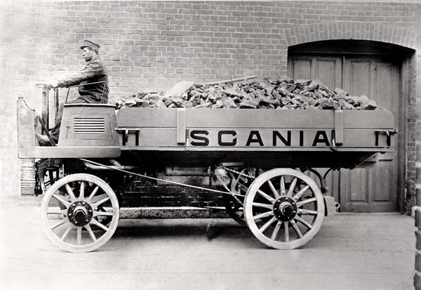 Scania completa 125 anos de história