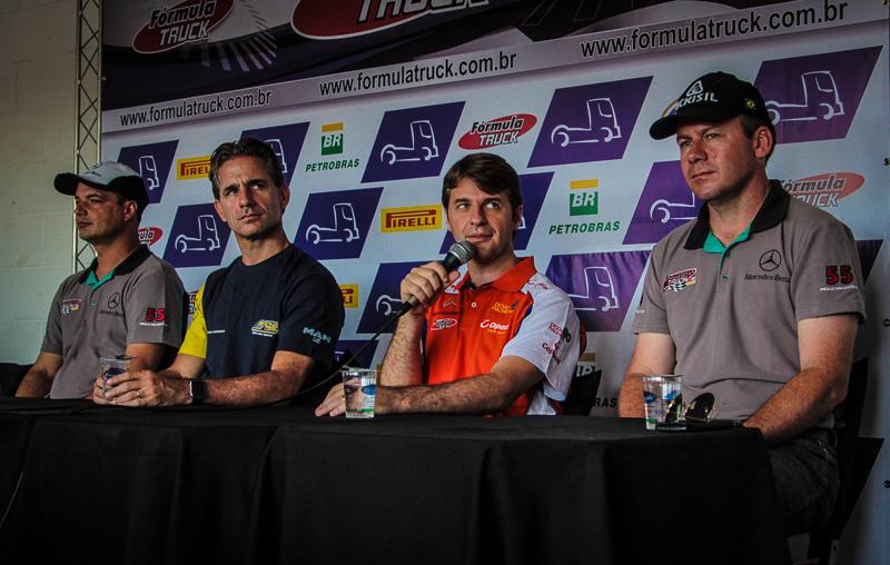Treinos livres marcam primeiro dia de atividades da Fórmula Truck em Curitiba