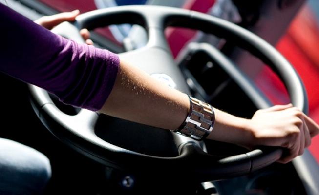 CargoX aumenta pagamento de frete para motoristas mulheres