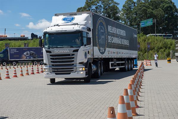 Competição Scania que vale caminhão 0 km tem inscrição até hoje