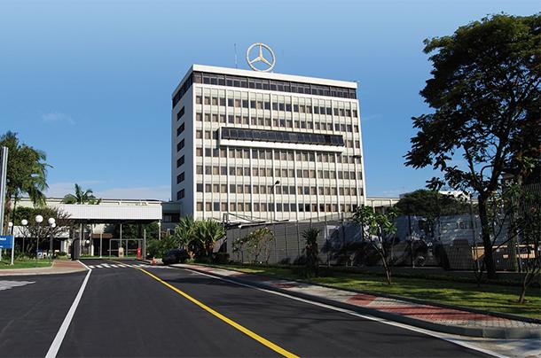 Mercedes-Benz faz acordo para reduzir excedente na fábrica de São Bernardo do Campo