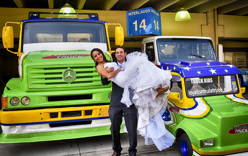Casal de noivos movimenta boxes da Truck