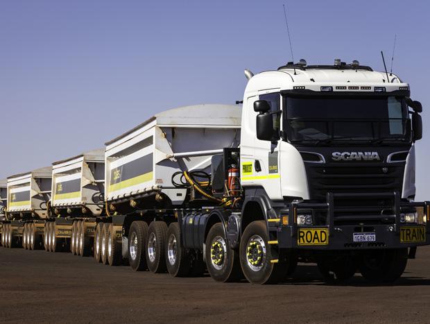 Scania transforma Scania R 730 em máquina 10×8