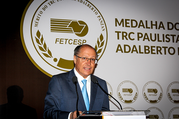 Governador Alckmin participa de evento do Dia Nacional do Transportador