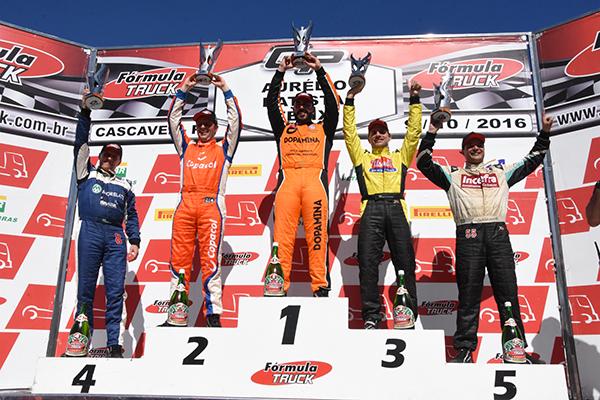 André Marques ganha a primeira na Fórmula Truck