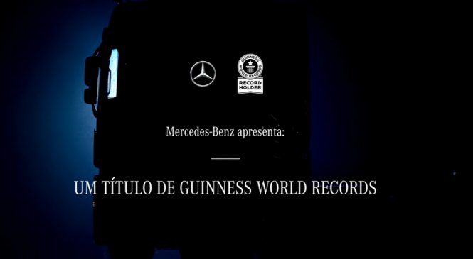 Homenagem Mercedes-Benz aos caminhoneiros Final de ano