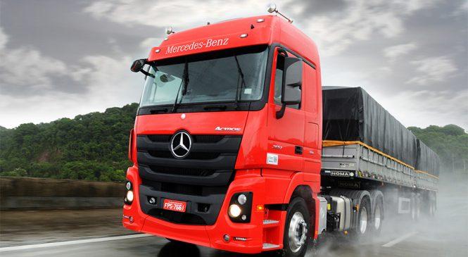 Mercedes-Benz participa do maior evento de transportes e logística da região Sul